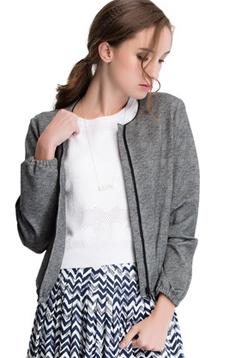 Aline/阿莱2017春圆领灯笼袖浮雕印花棒球服长袖小外套 AGS6113